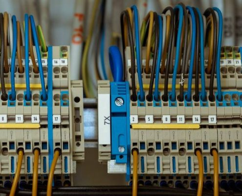 wire-1098059_1920